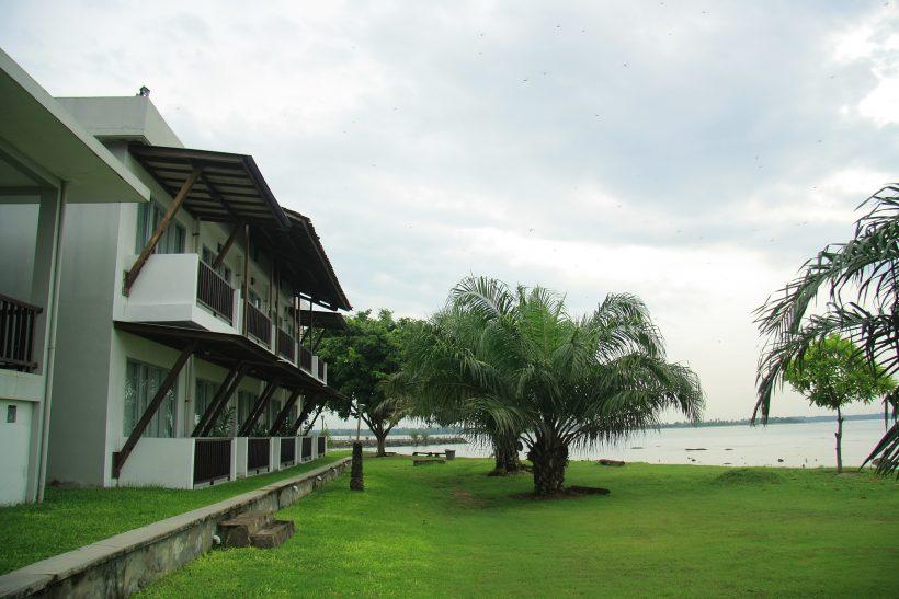 Hotel Beach Side